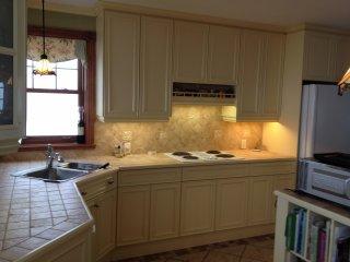 Peinture armoires de cuisine - Peinture porte cuisine ...