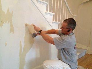 entrepreneur peintre comment enlever du papier peint produit pose de tapisserie