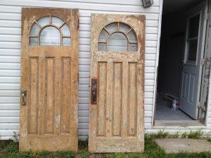 Peinture imitation de bois sur porte- Avant