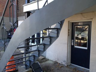 peinture escalier fer forg ext rieure peinture ext rieure qc et mtl qu bec. Black Bedroom Furniture Sets. Home Design Ideas