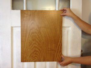 Imitation bois sur porte