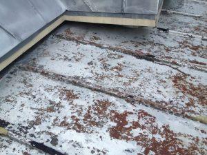 Peinture toiture Montréal - Corrosion