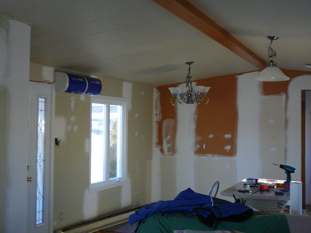 camoufler une porte dintrieur simple le mur qui pirouette with camoufler une porte dintrieur. Black Bedroom Furniture Sets. Home Design Ideas