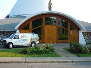 Restauration et peinture sur édifice religieux