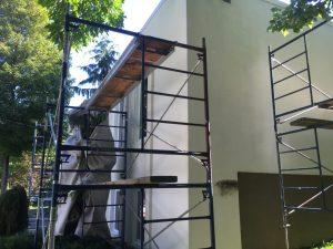 Installation d'échafaudage sur maison