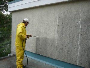 Nettoyage haute pression sur stucco