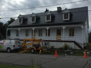 entrepreneur peinture toiture galvanisee