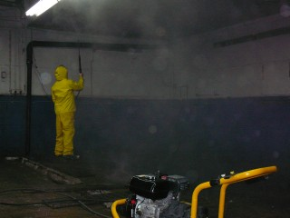 lavage haute pression interieur garage