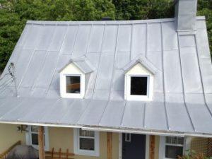 Entrepreneur peinture de toiture métal